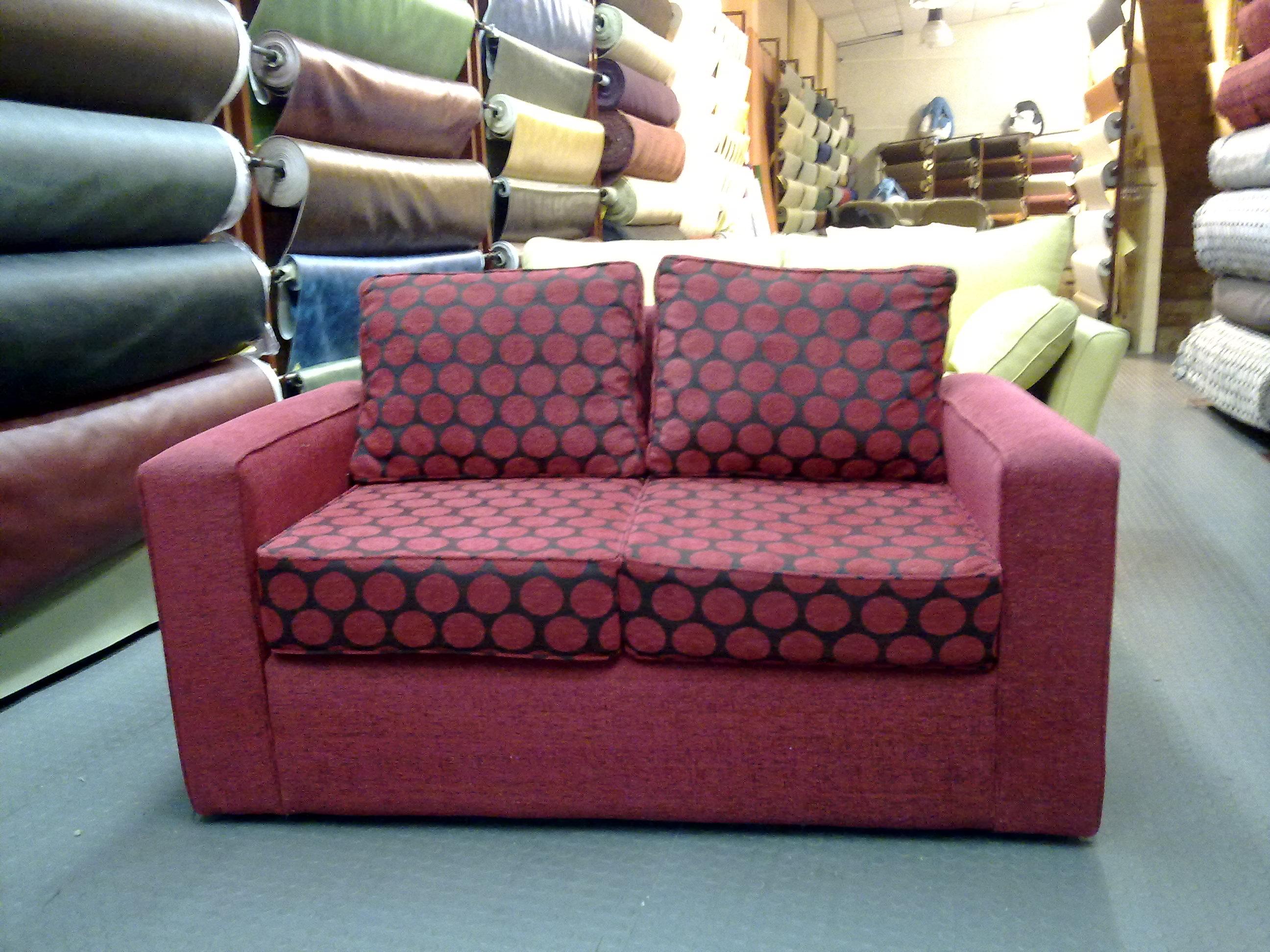 Mayorista de colchones y almohadas sillones sillones for Sillones de tela baratos